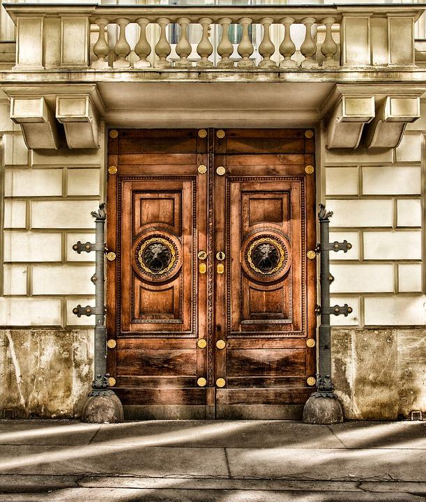Rüyada Kapı Gıcırtısı