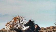 Ebru Şahin atı şaha kaldırdı