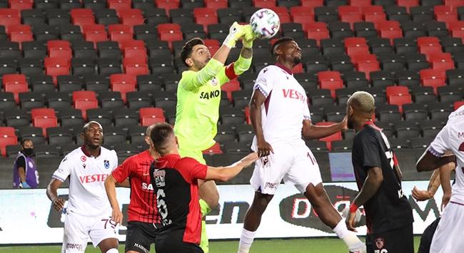 Trabzonspor, Gaziantep'te son dakika golü yedi!