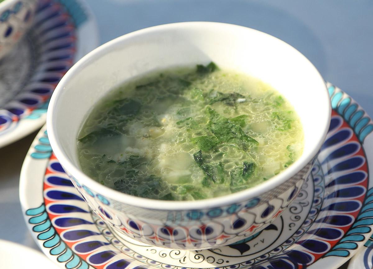 Buğdaylı ısırgan pazı çorbası nasıl yapılır?