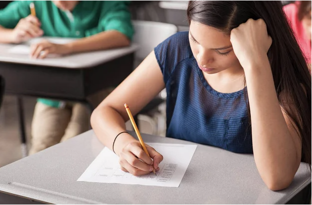 AÖL sınav tarihleri 2021 1. dönem sınavlar ne zaman?